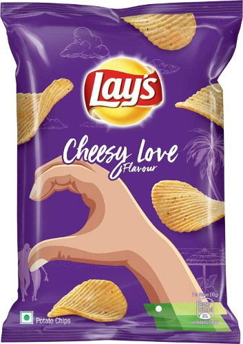 Lay's Cheesy Love Flavour Potato Chips
