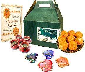 Deluxe Sweet & Diya Gift Pack